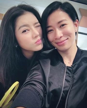 """Sao Việt và mối quan hệ """"không tầm thường"""" với các đại gia nghìn tỷ đình đám showbiz Trung"""