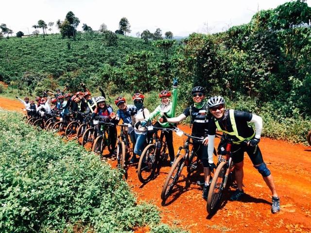 """Du lịch bằng xe đạp, xu hướng trải nghiệm cuộc sống trong """"bình thường mới"""""""