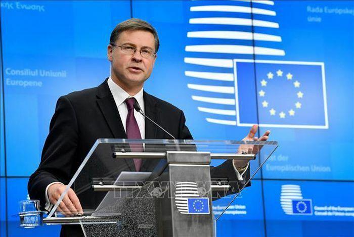 EU thúc đẩy hướng tới quy định thuế toàn cầu
