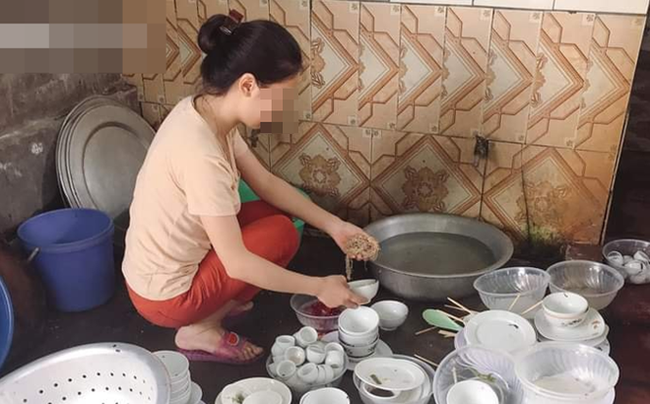 """Chuẩn bị rửa bát, cô gái lên nhà uống nước thì nhận những câu xỉa xói từ người yêu và màn trả đũa """"sốc tận óc"""" ngay trong ngày ra mắt!"""