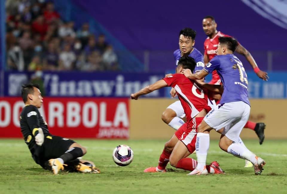 ĐIỂM NHẤN Hà Nội 0-1 Viettel: Trọng Hoàng tỏa sáng, Hà Nội khủng hoảng trầm trọng