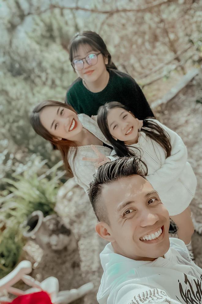 38 tuổi – Minh Nhựa có 5 con với 2 vợ: Để nhớ mặt và gọi tên các rich kid đã là thách thức với netizen! - ảnh 1
