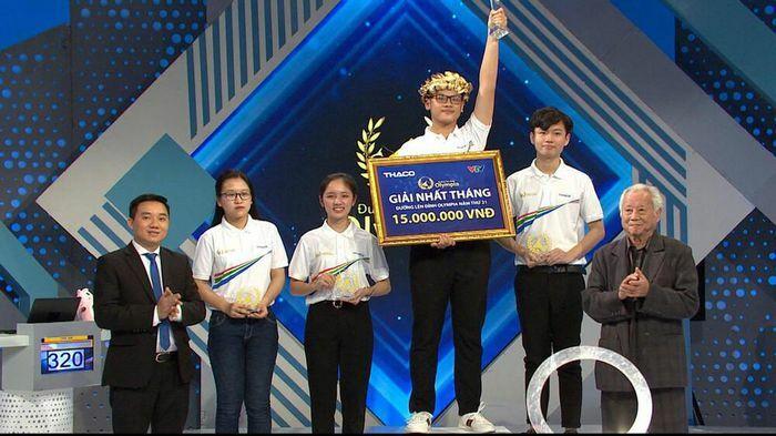Nam sinh Bình Định dẫn đầu cả bốn chặng đua, xuất sắc giành vòng nguyệt quế Olympia