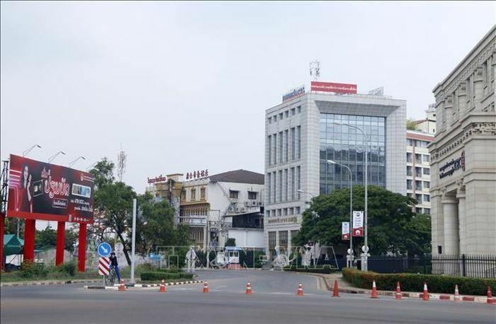 Số ca mắc mới COVID-19 tại Lào tiếp tục tăng 2 con số