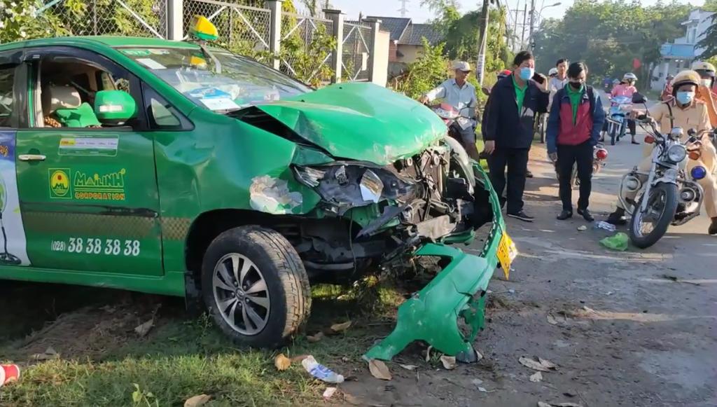 TP.HCM: Bắt nóng nghi phạm cướp xe taxi