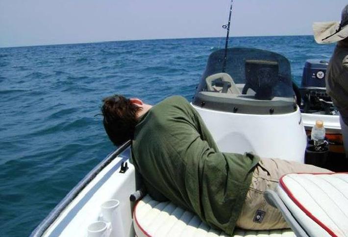 Bị say sóng biển nên làm gì? Chuyên gia đưa ra mẹo siêu hay cùng 4 cách chống say sóng khi đi biển ai cũng có thể làm