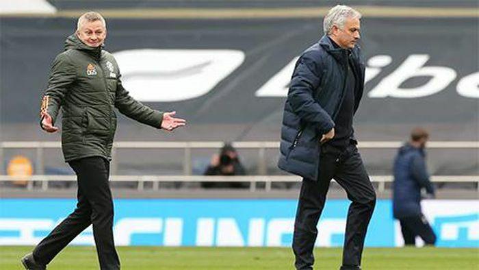 """Mourinho dễ """"bay chức"""" nhất Ngoại hạng Anh"""