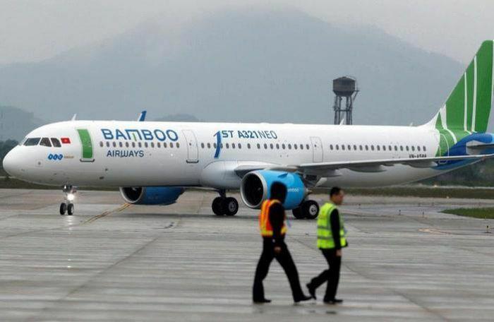"""Cục Hàng không """"tuýt còi"""" Bamboo Airways vì bán vé không đúng với slot được cấp"""