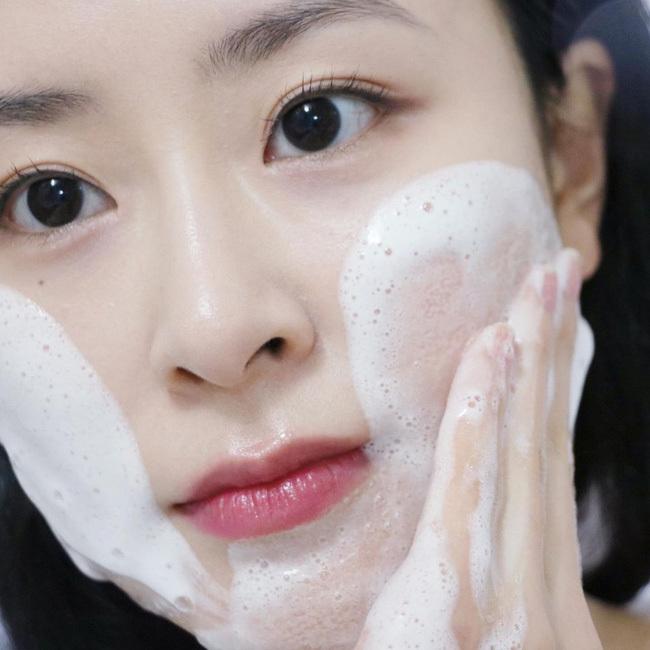 Quy trình skincare tối giản chuẩn chỉnh nhất: Chỉ 4 bước mà giúp da đẹp lên chứ không khi nào xấu