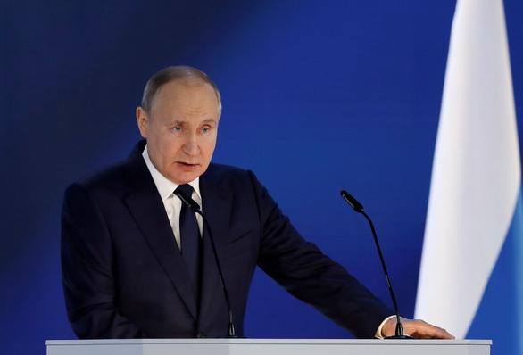 Tổng thống Putin: Nước Nga sẽ đáp trả, đừng thi xem ai lớn tiếng với Nga hơn