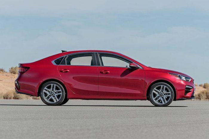 Top 10 ôtô giá rẻ tốt nhất năm 2021: Kia Cerato đầu bảng