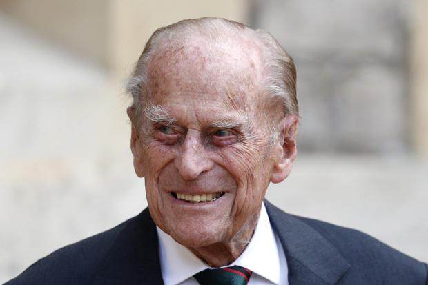 Được 4 tài tử hợp sức hóa thân ở The Crown, Hoàng thân Philip lại từng có phản hồi đáng ngạc nhiên