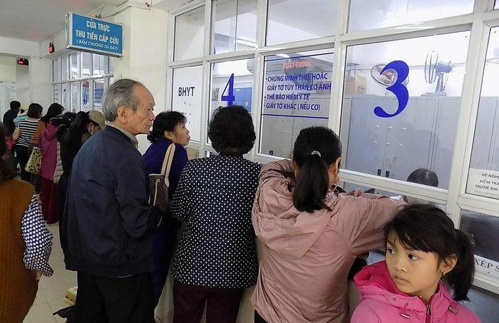 Từ ngày 01/4/2021, việc cấp thẻ BHYT mẫu mới ra sao?