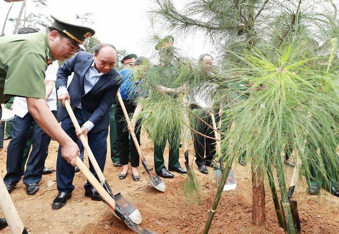 Chủ tịch nước Nguyễn Xuân Phúc dự lễ phát động trồng cây ở Di tích K9