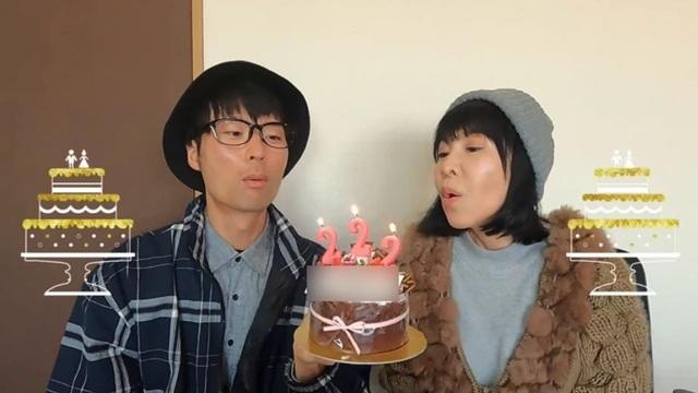 Cô dâu 62 tuổi kết hôn với chú rể 37 tuổi, cùng nhau làm Youtuber nổi tiếng