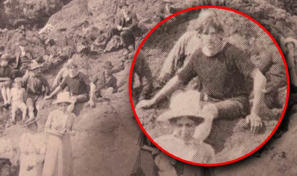 Bức ảnh từ năm 1917 xuất hiện chi tiết kỳ lạ: Lại thêm một bằng chứng về cỗ máy thời gian là có thật?