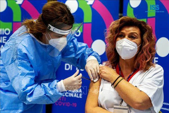 EP thống nhất quan điểm về chứng nhận tiêm vaccine