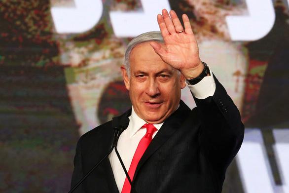 """Thủ tướng Israel Netanyahu gọi cáo buộc tham nhũng là """"âm mưu đảo chính"""""""