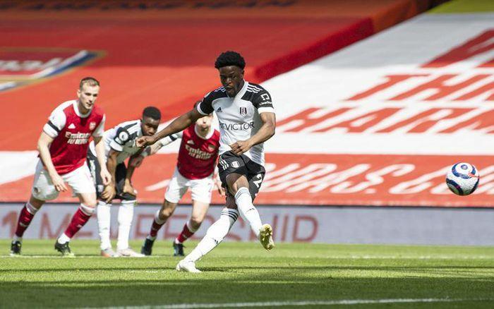 Arsenal 0-1 Fulham: Bất ngờ ở Emirates (H2)