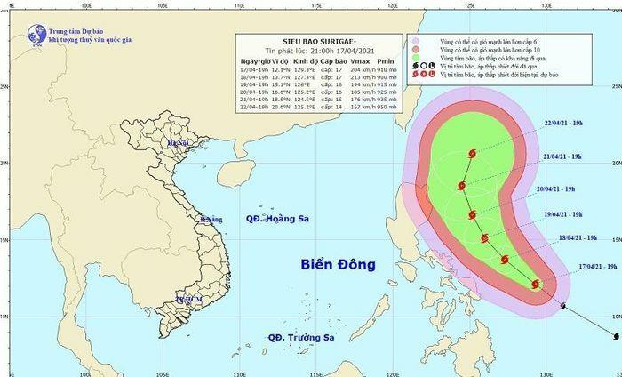 Siêu bão cấp 17 gần Biển Đông, miền Bắc trời lạnh, mưa lớn