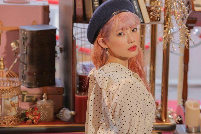 Nữ ca sĩ Hàn tặng CD cho fan Việt trên Zing MP3