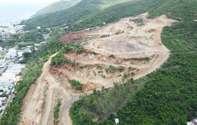 Dự án được phép dùng 64 tấn thuốc nổ xẻ núi, dân lo lắng bất an