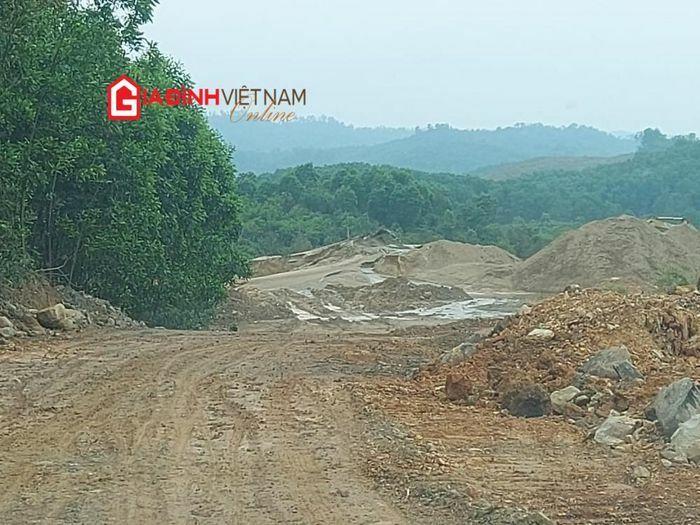 Bãi tập kết cát đe dọa sông Thạch Hãn – Quảng Trị: Hàng nghìn khối cát được lấy từ đâu?