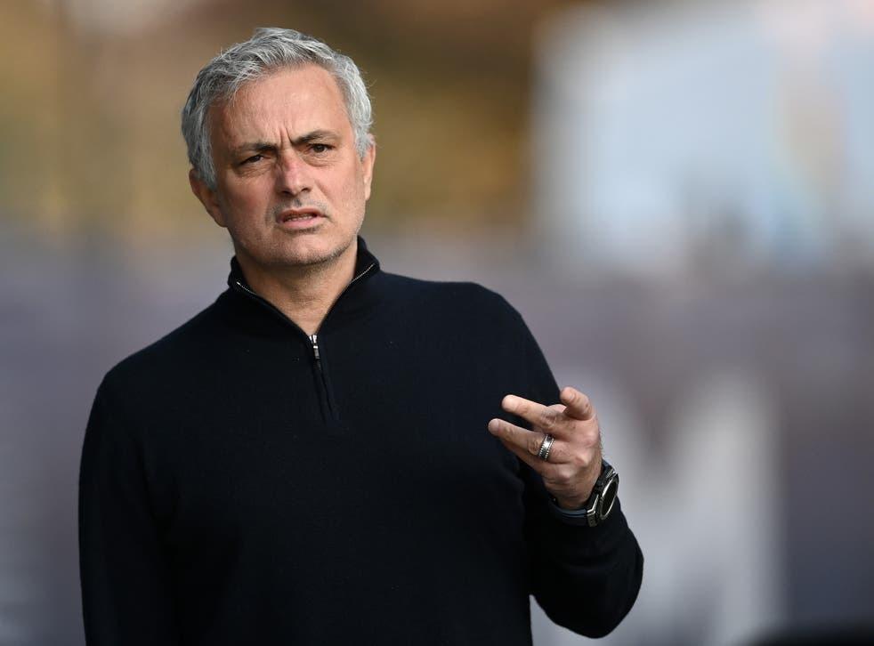 NÓNG: Jose Mourinho bị Tottenham sa thải