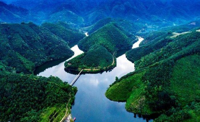 """Không chỉ ở Đà Lạt, Phú Thọ cũng có một """"tuyệt tình cốc"""" thanh bình đến lạ"""
