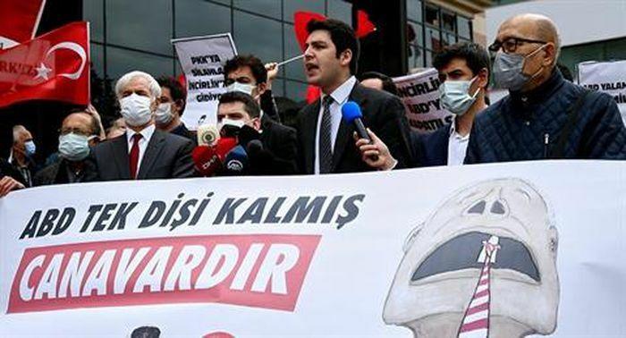 Thổ công nhận Crimea, đóng băng Hiệp ước Quốc phòng với Mỹ
