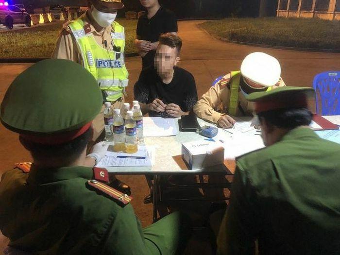 2 lái xe dương tính với ma túy trên cao tốc Hà Nội – Hải Phòng – Quảng Ninh
