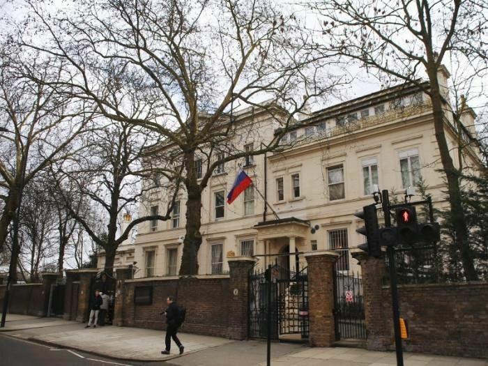 Bộ Ngoại giao Anh và Bộ Ngoại giao Ba Lan triệu tập các đại sứ Nga