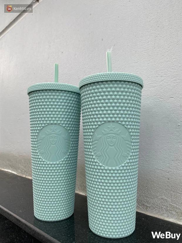 """Nghi vấn nhân viên Starbucks Sài Gòn """"giấu"""" ly hiếm không bán cho khách, bị phản ánh thì fanpage lẳng lặng làm việc này"""