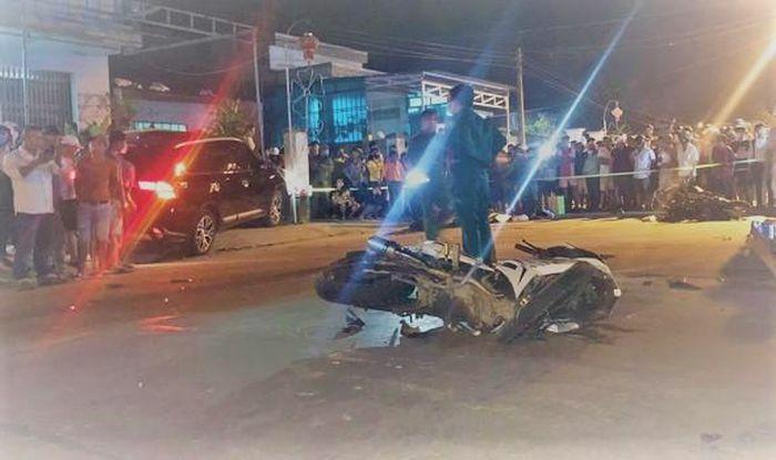 Quảng Nam: Ô tô tông 4 xe máy, 7 người thương vong