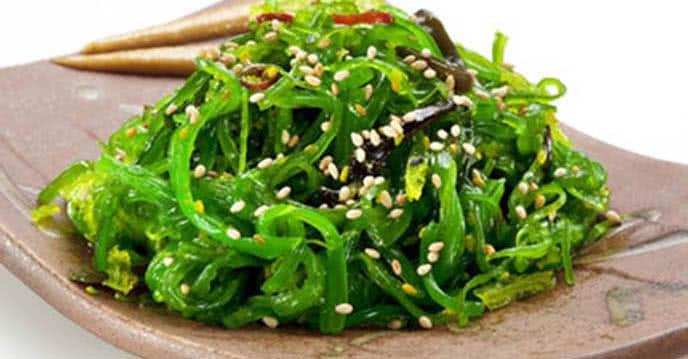 Học cách làm salad rong biển vừa ngon vừa giúp giảm cân