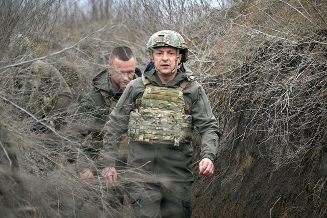 Tổng thống Ukraine mời Tổng thống Putin đàm phán ở vùng chiến sự
