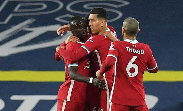"""Điểm nhấn Leeds Utd 1-1 Liverpool: Mane """"thông nòng"""", The Kop siêu hào phóng"""