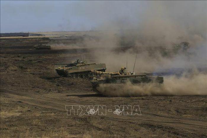 Nga khẳng định việc duy trì quân đội ở biên giới với Ukraine