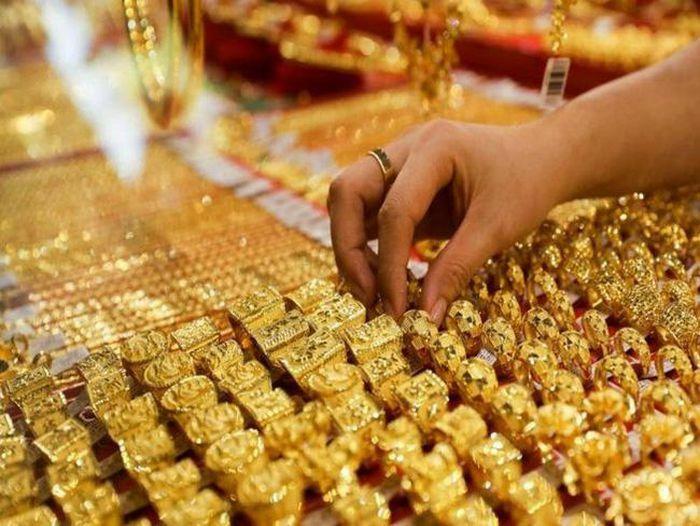 Cuối tuần giá vàng tiếp tục neo cao