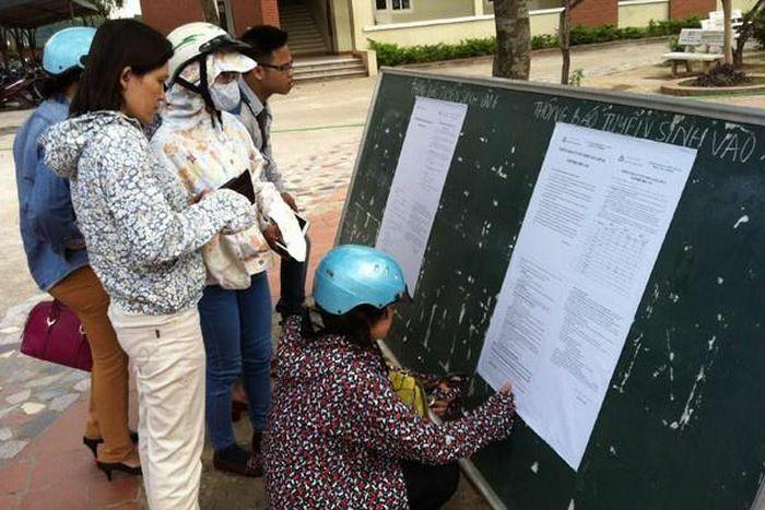 Tuyển sinh lớp 10 THPT ngoài công lập tại Hà Nội thực hiện như thế nào?