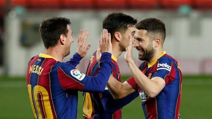 Messi tỏa sáng rực rỡ, Barca thắng hủy diệt Getafe