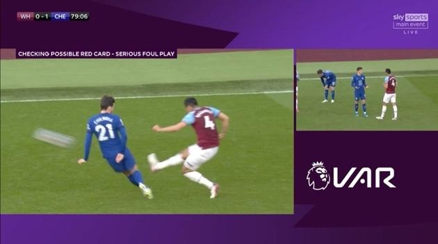 """Lingard và Moyes """"nổi điên"""" sau thất bại trước Chelsea"""