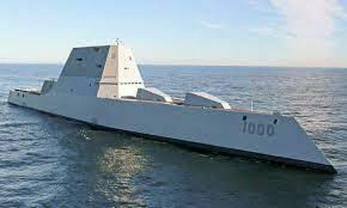 """USS Zumwalt chuẩn bị được """"độ"""" bằng tên lửa khủng để """"nắn gân"""" Trung Quốc?"""