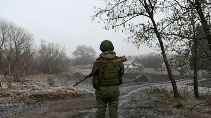 """Quan chức quốc phòng Mỹ nói """"không yên tâm"""" khi Nga thông báo bố trí lại lực lượng ở gần Ukraine"""