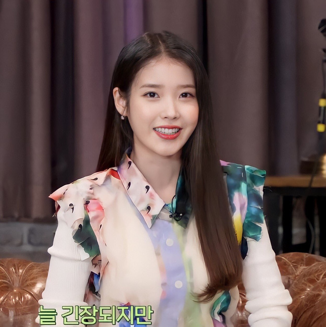 """Song Hye Kyo đẳng cấp nhưng phải """"nể nang"""" IU, đàn em mới nói một câu liền """"đội mưa đội gió"""" đi quay show sau bao năm ở ẩn?"""