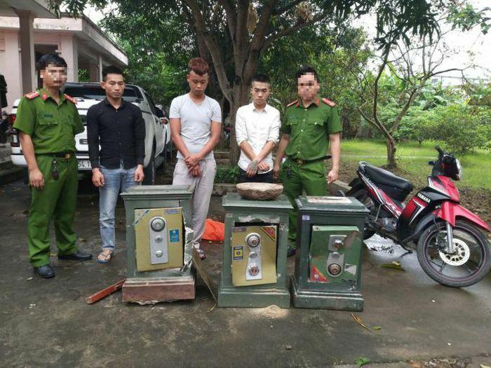 Bắt băng trộm chuyên phá két sắt ở Nghệ An