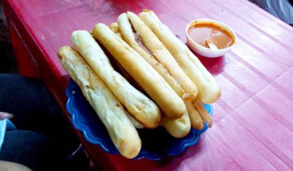 Bánh mì cay – đặc sản phố Cảng