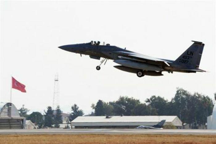 Mỹ sẽ phải rời căn cứ không quân Incirlik trong 15 ngày?