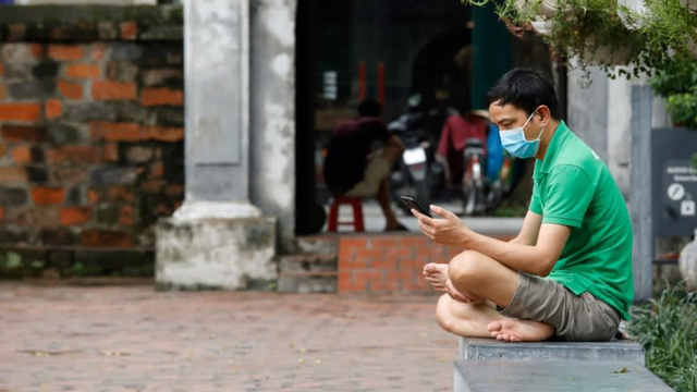 """Báo Nhật: 3 lý do khiến người Việt Nam đổ xô vào chứng khoán và vì sao nhà đầu tư F0 không còn là """"gà""""?"""