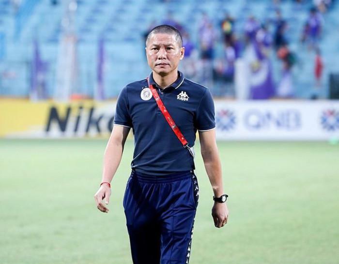 """Vì sao V-League 2021 thành """"lò xay"""" HLV?"""